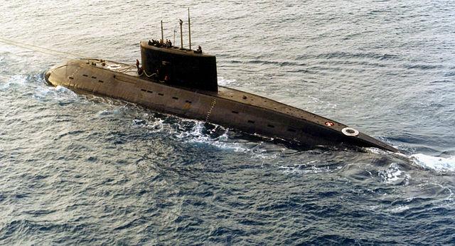 640px-Iranian_Kilo-class_diesel_submarine