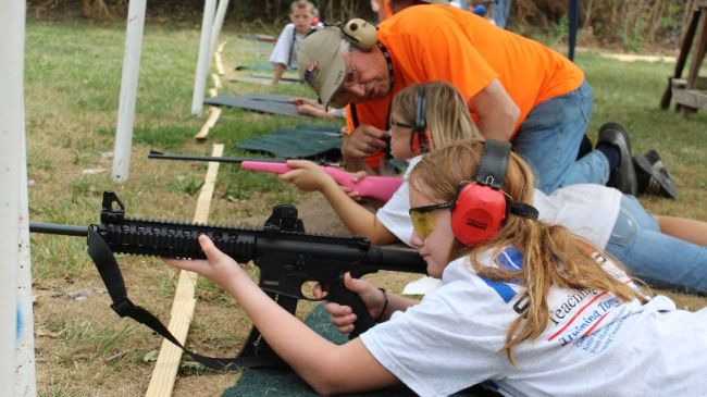 US-gun-industry-targets-kids-to-secure-f