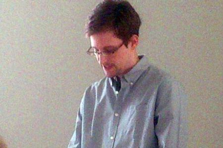 Snowden plans to live, work in Russia, his lawyer says