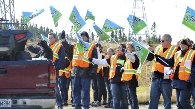 329145_Canada-Quebec-protest