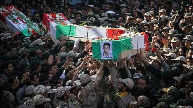 332156_Iran-coffins-guards (1)
