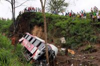 Seventeen die as truck falls into gorge in India