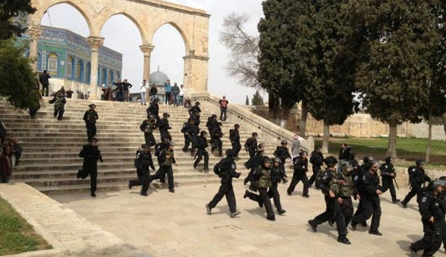 Israeli troops raid al-Aqsa Mosque compound