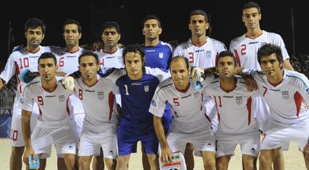 Iran beach footballers defeat Brazil