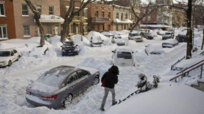 341822_Snow-Canada
