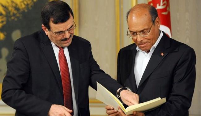 Tunisia PM resigns to make way for interim gov't