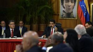 Venezuela, opposition agree to resume talks