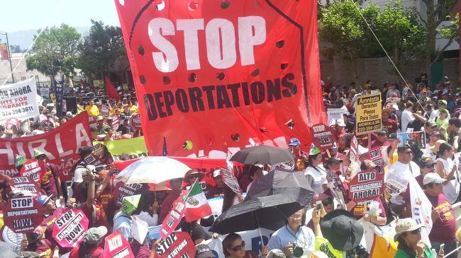 360929_la-mayday-immigration
