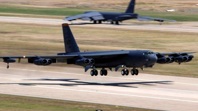 360933_B-52H