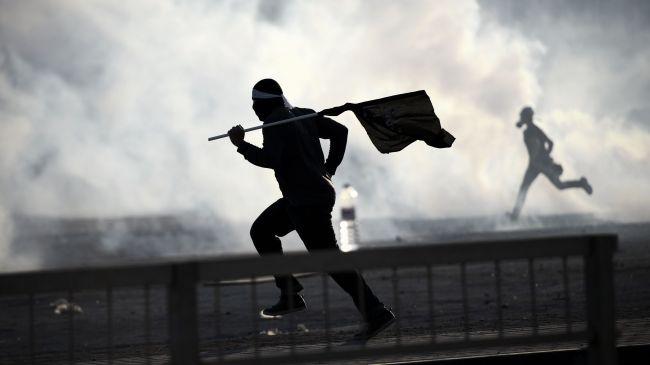 364449_Bahrain-protest
