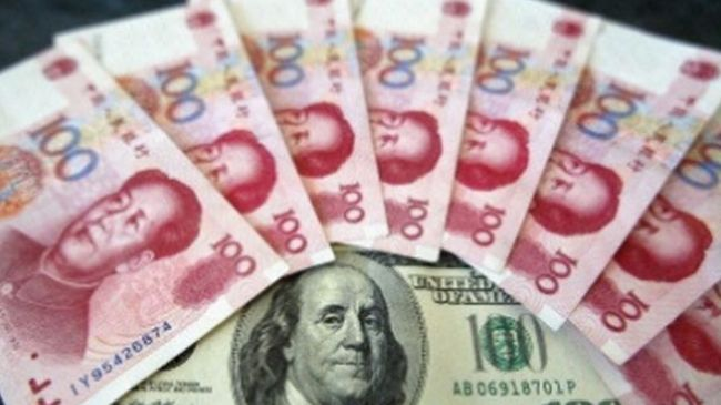 364945_China-renminbi-dollar