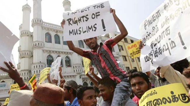 Sri Lanka MPs call on president to protect Muslims