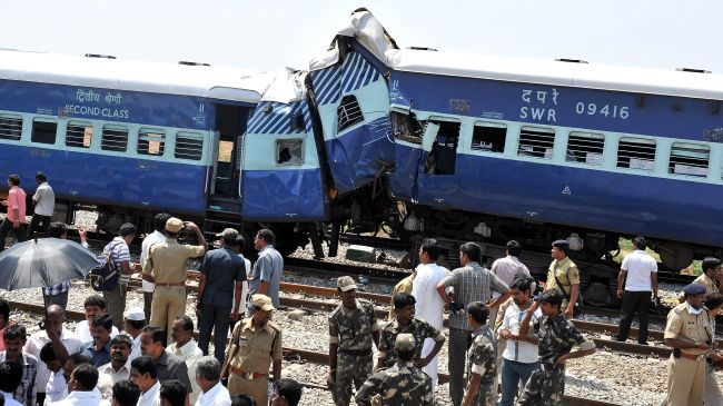 Train accident in northern India kills 40 people