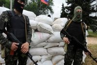 Two killed, seven injured in clashes in east Ukraine