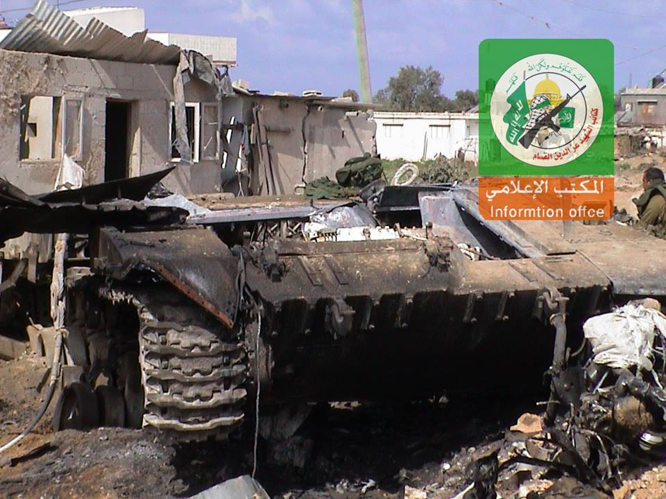 טנק מרכבה ככה צהל שיקר לחיילים ושלח אותם למותם בלבנון  10440641_10152539983408104_4741503003518620403_n