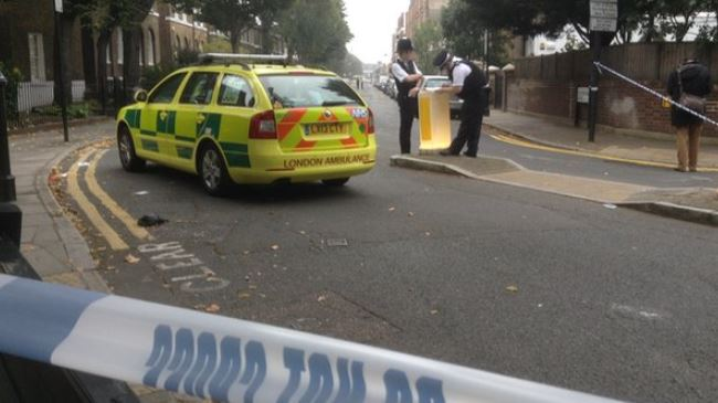 377743_London-police