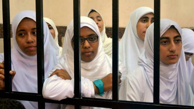 377850_Egypt-prisoners