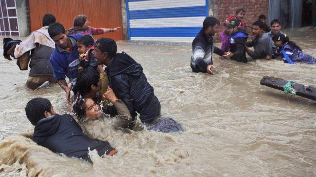 378328_Floods-Srinagar