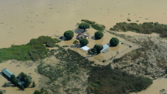 378477_India-flood