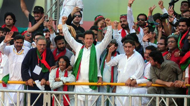 379582_Khan-pakistan