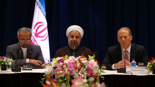379876_Rouhani-address-elites