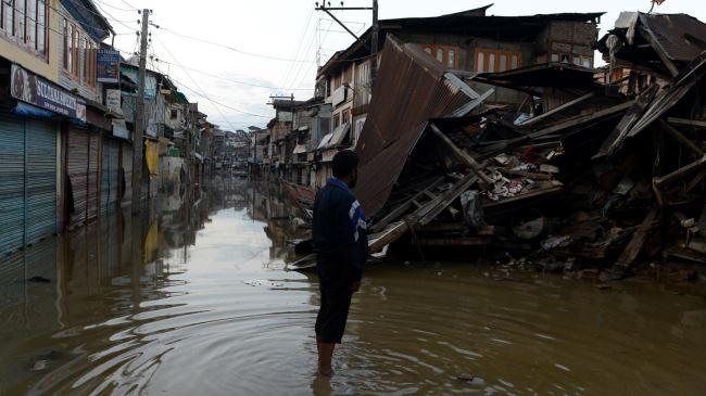 379965_India-flood