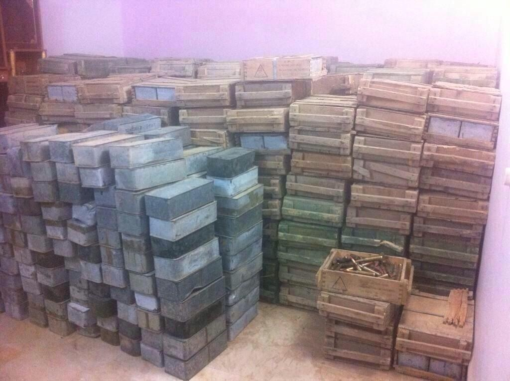 Iraqi Army Enters the University of Tikrit; Saudi and Yemeni Weapons Discovered in an Islamic State Warehouse