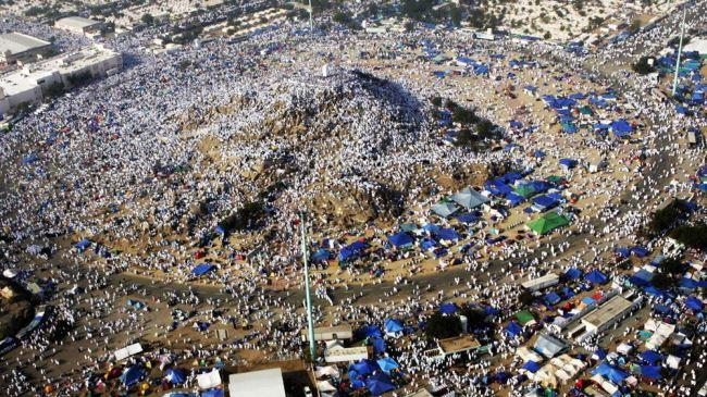 380785_Hajj-rituals-Arafat