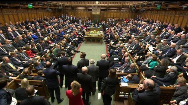 382299_British-parliament