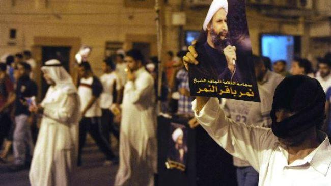 382466_Saudis-demonstrate