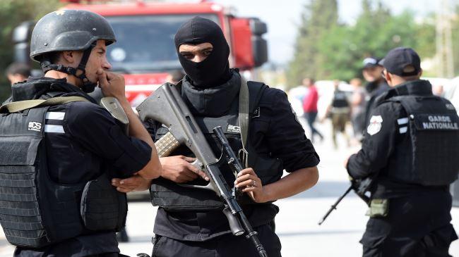 383384_Tunisia-police-forces