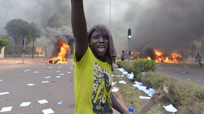 384171_Burkina-Faso-Protests