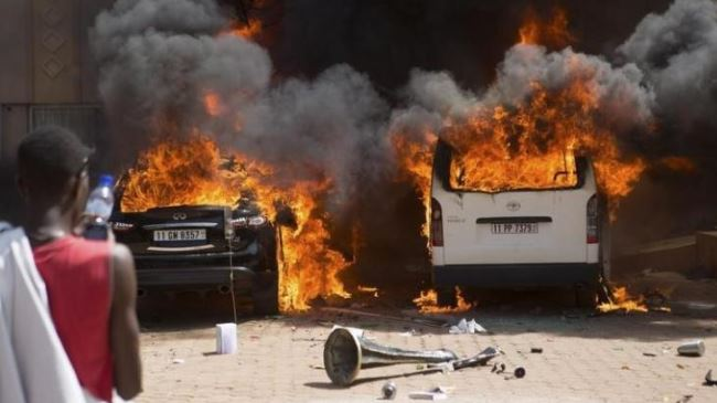 384277_Burkina-Faso-Protest
