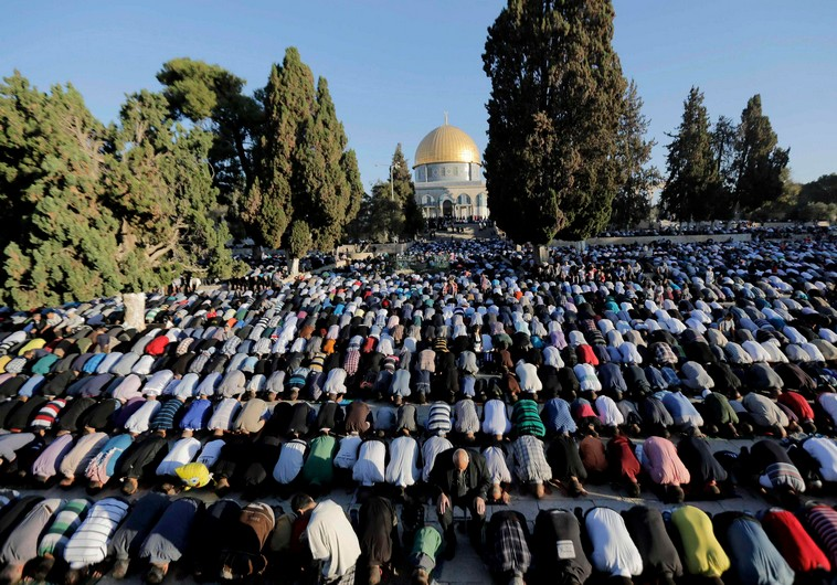 Aqsa_prayers