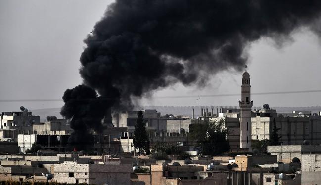 ISIS Seize Kurdish HQ in Syria's Kobane, Massacre Feared
