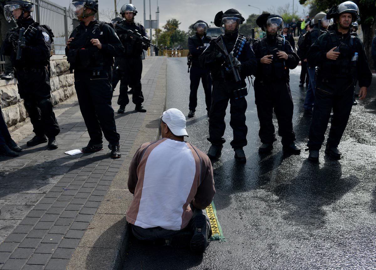 Israeli Government's restrictions on Al Aqsa Mosque for Muslims