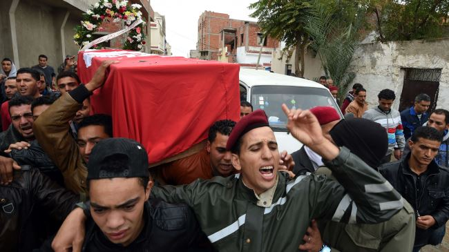 385218_Tunisia-mourners