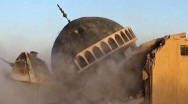 ISIL razes Shia, Sunni sites in Iraq