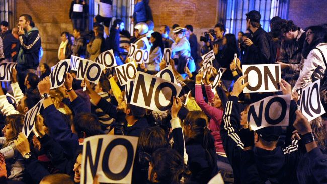 392083_Spain-protest