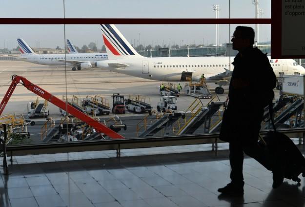 airport-plane