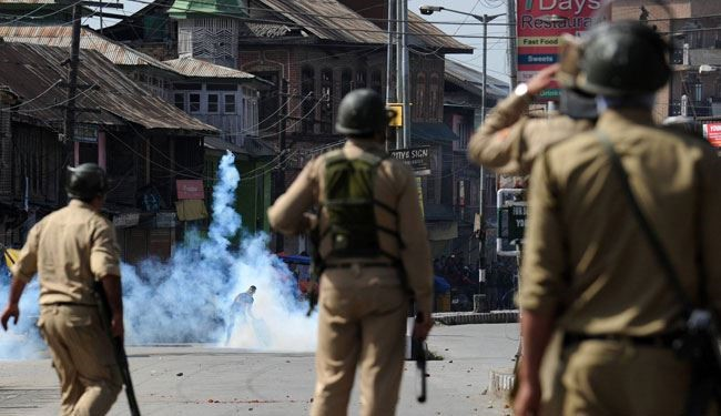 2nd Day of Violence Against India in Srinagar + Video