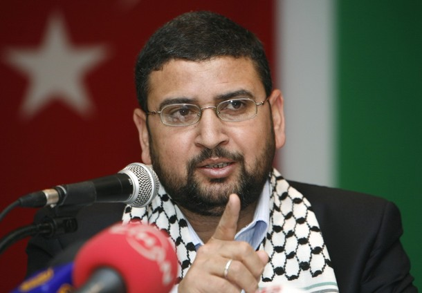 Sami Abu-Zuhri, a spokesman for the Islamist Palestinian movement Hamas, addresses a news conference in Istanbul January 17, 2009.  REUTERS/Osman Orsal   (TURKEY)