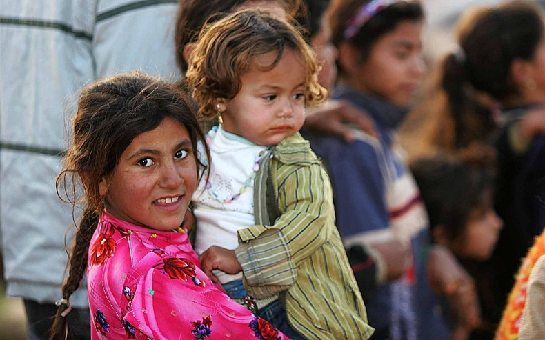 Iraqi_refugee_children_Damascus_Syria