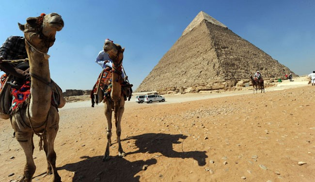 al-Baghdadi: Destroying Egypt's Sphinxes, Pyramids is 'Religious Duty