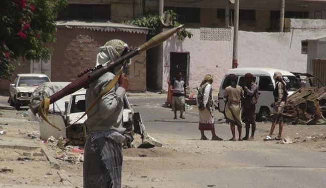 Yemen Army Kills Dozens of Pro-Hadi, Al-Qaeda Militants in Aden