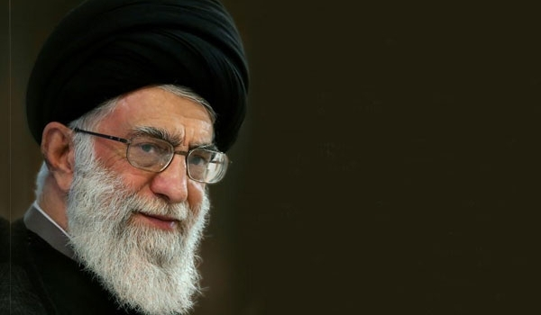 Leader of Ummah and Oppressed Ayatollah Khamenei's Remarks on Science, Research Translated in New Book