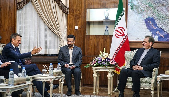 Iran's First Vice-President Meets ICRC Chief in Tehran on Yemen