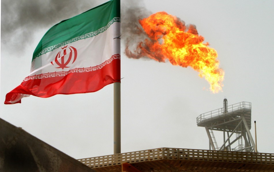 Iran Rises 500,000 bpd in Oil Production after Sanctions Removal