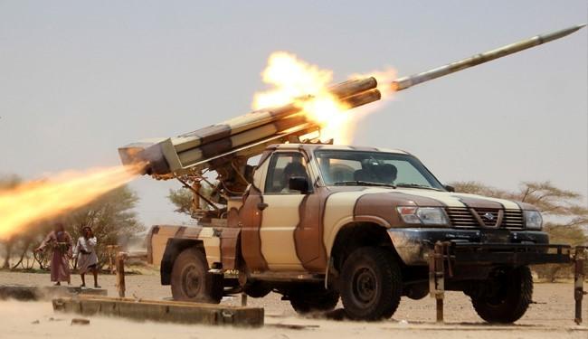 Yemeni Army, Popular Forces Destroy Saudi Military Positions in Ma'rib