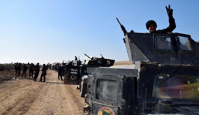 Iraq Air Force Kills 4 ISIS Commanders, Troops Advance toward Mosul
